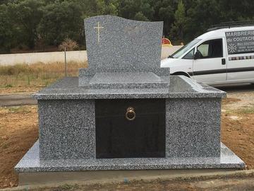 Entreprise de nettoyage de tombe et caveau